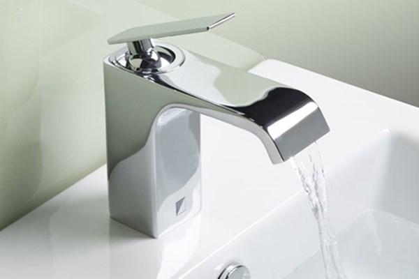 Antique Black Brass Bronze Wall Mounted Mixer Bathroom Sink Tap TB109W
