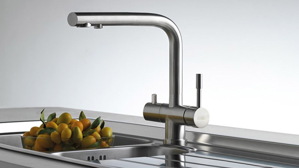 Choosing the Right Kitchen Taps thumbnail